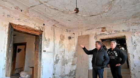 Im ersten Stock des historischen Gebäudes könnten Ausstellungen stattfinden. Mehrere repräsentative Räume sollen hier restauriert werden. Auch Stuck an den Decken soll wieder zu sehen sein.