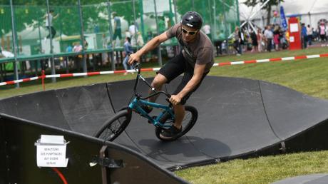 Bei den Stadtfesten in den vergangenen Jahren waren in Stadtbergen bereits Pumptracks aufgebaut und wurden von den Radsportlern regen genutzt.