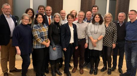 Diese Kandidaten treten bei der Kommunalwahl im März für die Gersthofer Gruppierung Pro Gersthofen an.