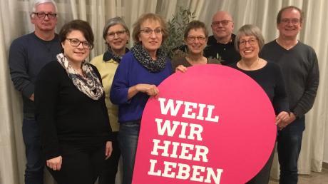Der neue Vorstand: (von links) Manfred Bock, Simone Linke, Margit Stapf, Barbara Hälbig, Karin Pritsch, Karl Michael Meinecke, Ursula Reichenmiller-Thoma und Henning Duwe.