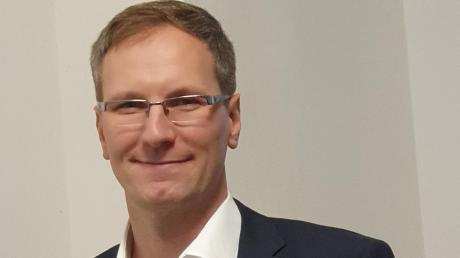 Der 39-jährige Markus Weil will Bürgermeister in Dinkelscherben werden. Die Freien Wähler und die SPD unterstützen seine Kandidatur.