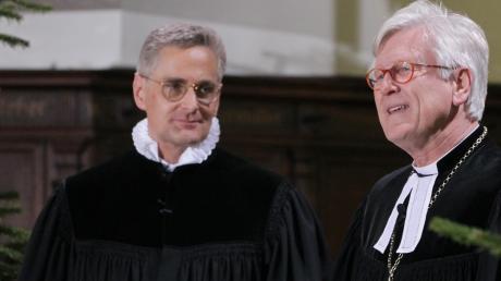 Frank Kreiselmeier (links), hier im Bild mitLandesbischof Heinrich Bedford-Strohm, ist der neue Dekan.