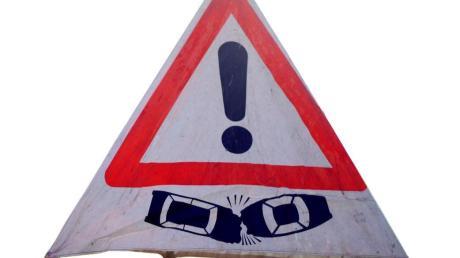 Im Dauereinsatz war die Polizei nach mehreren Unfällen auf der B2.