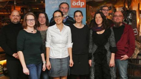 Die Kandidaten: (von links) Günther Baumeister, Bettina Merk, Patricia Supplie, Eva Stuhlmüller, Wolfgang Kraus, Sandra Sanislo, Ronja Thomas, Bernhard Streit und Christoph Supplie.