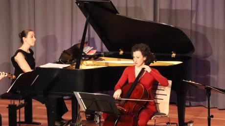 Bader & Friends vereinten bei ihrem Auftritt im Bürgersaal Stadtbergen Melodien von Mozart und Haydn auf gelungene Weise.