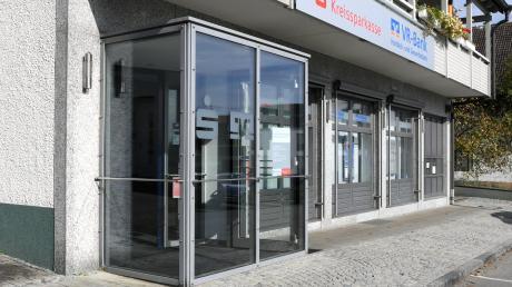 Die Bankfiliale in Gablingen wurde geschlossen. Am Rathaus wollen VR-Bank und Kreissparkasse allerdings im neuen Jahr doch noch einen Geldautomaten einrichten.