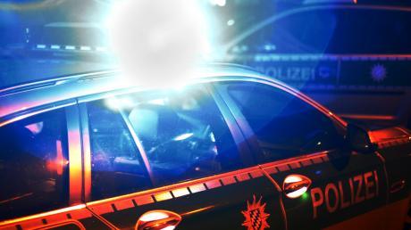 Am Donnerstag hat sich gegen 19 Uhr ein Unfall bei Großaitingen ereignet: Wie die Polizei mitteilt, überschlug sich ein Auto.