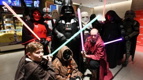 """Das Meiitnger Cineplex Kino Star war Schauplatz eines Star Wars-Event wegen der neu angelaufenen Films """" Der Aufstieg Skywalkers."""""""