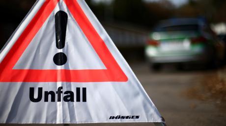 Mehrere Unfälle auf der A8 bei Adelsried.