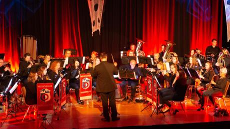 Der Musikverein Nordendorf veranstaltete unter der Leitung von Andreas Thon eine gruselige Abschiedsveranstaltung.