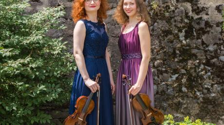 Anna Kritsina und Elena Martinez-Eisenberg kommen nach Diedorf zum Neujahrskonzert.