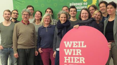 Die Kandidaten der Grünen aus Dinkelscherben für die anstehende Kommunalwahl.