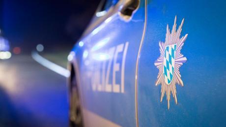 Die Polizei wurde zu einem Autounfall in Bäumenheim gerufen.