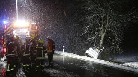 Zum Zeitpunkt des Unfalls war starker Schneefall.