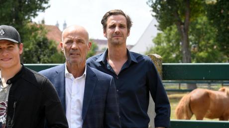 """Ein Teil von """"Immenhof"""", unter anderem mit mit Heiner Lauterbach und Max von Thun, wurde auf Gut Schwaighof gedreht. Im Meitinger Cineplex wollten viele die Neuverfilmung sehen."""