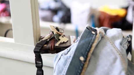 Kostenlos einkleiden wollte sich ein 32-Jähriger am Dienstag im Gersthofer Marktkauf an der Ziegeleistraße.