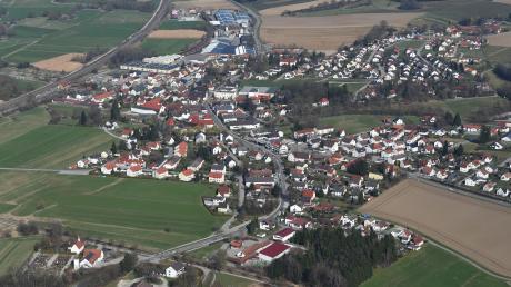 Zwei Stellen in Gessertshausen bereiteten dem Gemeinderat bei der jüngsten öffentlichen Sitzung Kopfzerbrechen. Zuerst ging es um die Einmündungen von Garten- und Eichenstraße zur B300, dann um die Überquerung der Schulstraße.