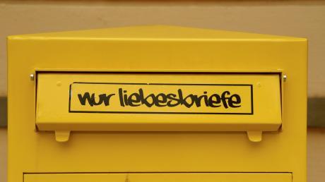 Wer schreibt den heute noch Liebesbriefe – handschriftlich auf Papier und so? In Gersthofen gibt's das noch.