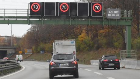 Michael Wörlelehnt weitere Untersuchungen zu einem Tempolimit auf der Autobahn ab und fordert eine Telematik.