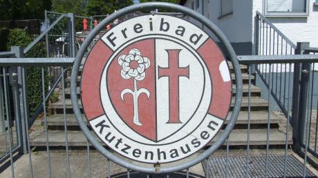 Der Gemeinderat in Kutzenhausen billigte in seiner jüngsten Sitzung das Planungskonzept für die Außenanlagen des Freibads.