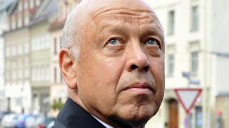 Theo Müller, der Milchbaron aus Aretsried, ist 80 Jahre alt. Er hat nicht nur den kleinen Ortsteil der Gemeinde Fischach entscheidend geprägt.