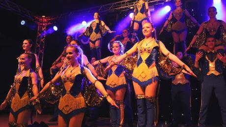 Bunte Kostüme, spektakuläre Choreographien und eine stimmungsvolle Atmosphäre gibt es beim STAC Festival in Gessertshausen.