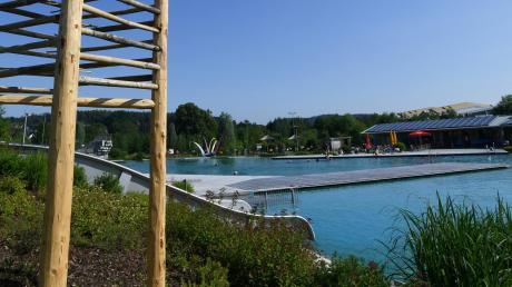Das Naturfreibad in Fischach (im Bild) ist ein attraktives Angebot für die ganzen Stauden. Ähnliche Pläne gibt es für den Holzwinkel, doch es gibt nicht nur Befürworter.