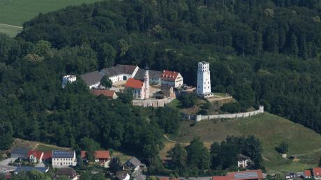 Der Markt Biberbach (hier ein Luftbild des Ortsteils Markt) feiert Jubiläum - wahrscheinlich 2022.