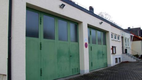 Neben dem Neubau einer Kindertagesstätte nimmt die Gemeinde Ustersbach auch die Planung eines Feuerwehrgerätehauses in Angriff.