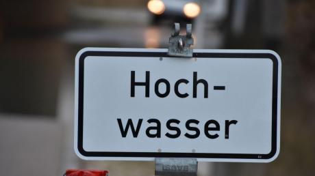 Das Wasserwirtschaftsamt Kempten hat am Dienstagvormittag eine Hochwasser-Vorwarnung für den Landkreis Unterallgäu herausgegeben.