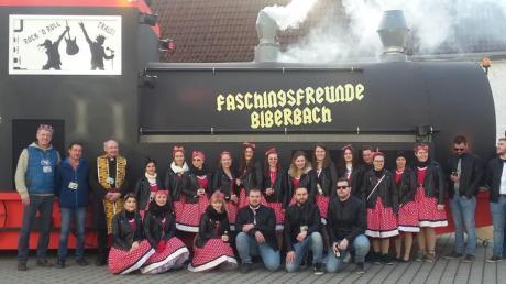 """Die Biberbacher Faschingsfreunde freuen sich auf die anstehenden Umzüge mit ihrem """"Rock´n Roll Train."""