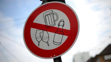 Zwischen Karneval und Ostern verzichten nicht nur religiöse Menschen oft auf Bier und Wein - und auch auf ganz andere Dinge.