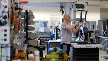 """Das Unternehmen """"Milon"""", ein Fitnessgerätehersteller aus Emersacker, feiert sein 50-jähriges Bestehen."""