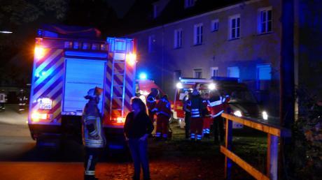 Mit einem Großaufgebot sind am Mittwoch Feuerwehr und Polizei zu einer Kneipe in der Augsburger Straße ausgerückt.