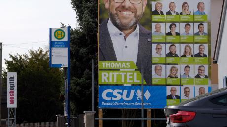 Wahlplakate wie dieses wurden von Jugendlichen in Diedorf beschädigt.