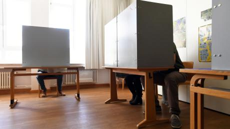 Noch relativ wenige Bürger nutzten die Gelegenheit zur Stimmabgabe.