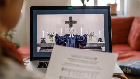 Angesichts der Corona-Krise werden Gottesdienste online gestreamt. Auch in Meitingen gibt es ein solches Angebot.