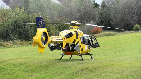 Die 23-Jährige musste mit dem Rettungshubschrauber in ein Krankenhaus geflogen werden.