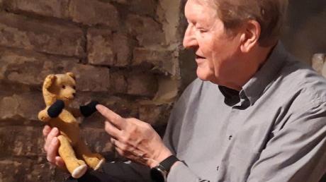 Unvergessen geblieben ist Friedrich Geiger sein Teddybär.