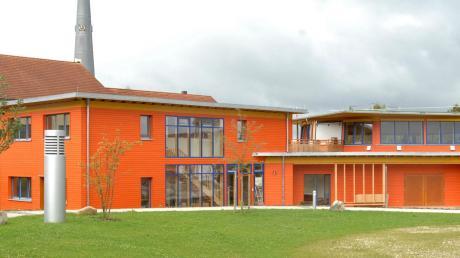 Im farbenfrohen Diedorfer Eukitea-Theaterhaus ist es sehr still geworden.