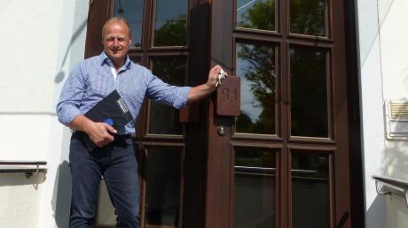 """Der """"alte"""" Bürgermeister von Allmannshofen, Manfred Brummer, nimmt Abschied. Der fällt wegen der Corona-Pandemie ruhig aus."""