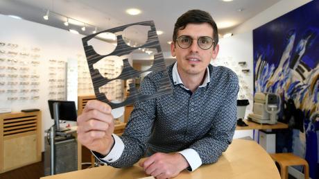 Augenoptikermeister Stephan Schnalzger ist neuer Inhaber bei Optik Schwager in Gersthofen.