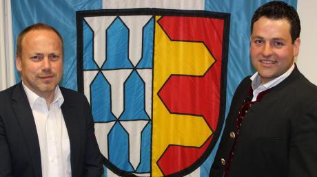Markus Stettberger (links) ist der neue Erste Bürgermeister der Gemeinde Allmannshofen, Michael Kratzer (rechts) wurde zum Zweiten Bürgermeister gewählt.