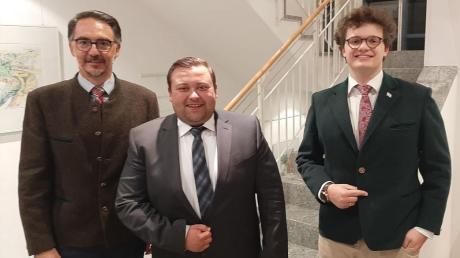 Stefan Kramer, Sebastian Bernhard und Ludwig Lenzgeiger sind das neue Bürgermeistertrio in Adelsried.