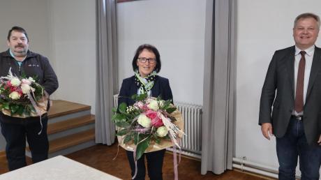 Thierhauptens Bürgermeister: Rathauschef Toni Brugger (rechts) und seine Stellvertreter Josefine Kreuzer und Franz Bissinger.