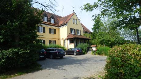 Die Tierklinik Gessertshausen ist mit rund 120 Mitarbeitern der größte Arbeitgeber der Gemeinde. Seit Jahren war der Platz knapp.