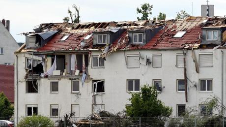 Am Abend vor Christi Himmelfahrt brach über Stettenhofen eine Katastrophe herein. Ein Tornado fegte über das Dorf hinweg und hinterließ ein Bild der Zerstörung.