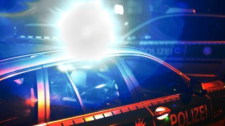Die Polizei hat ein verbotenes Treffen Jugendlicher in Krumbach beendet.