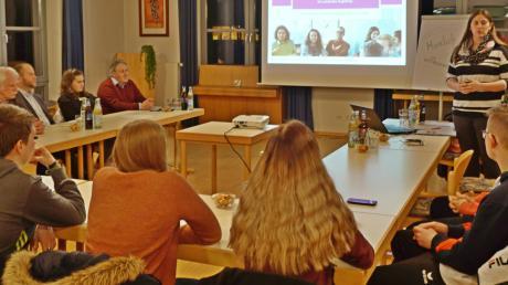 Bei den Sitzungen des Jugendbeirates ist auch der Jugendbeauftragte anwesend. Künftig werden in Altenmünster zwei Frauen dieses Amt übernehmen.