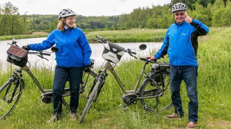 Angelika und Karl Heinz Lux sind ein eingespieltes Team und lieben Radtouren mit ihren E-Bikes durch die Heimat. Das Anhauser Tal liegt direkt vor ihrer Haustüre.